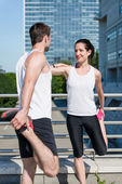 Warm up - couple exercising — Stockfoto