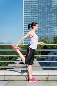 Warm up before jogging — Stockfoto