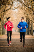 Couple jogging together — Stock Photo