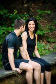 Par avkopplande efter jogging — Stockfoto