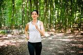 Running in nature — Stock Photo