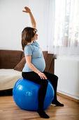 Esercitare in gravidanza — Foto Stock