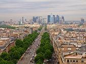 巴黎市景到防御区 — 图库照片
