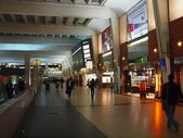 Underground shop center at Paris city Defense square — Stock Photo