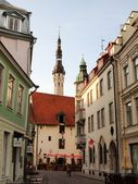 Old city, Tallinn, Estonia. A weather vane Old Thomas on the Town hall tower  — Stock Photo
