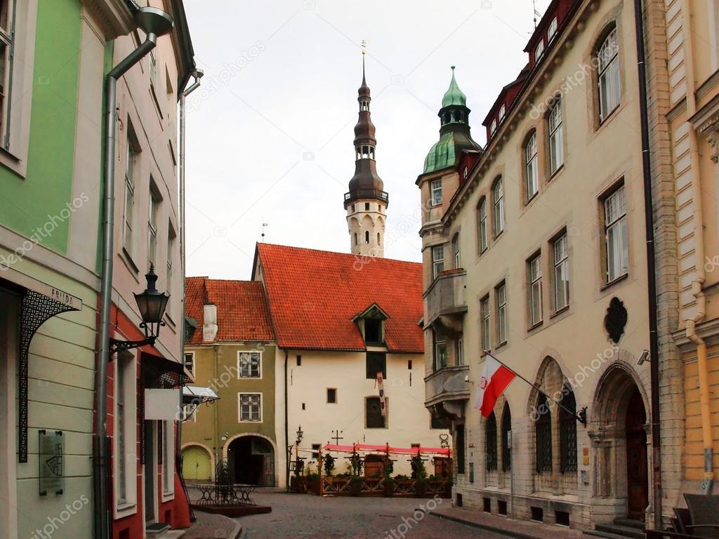 Vecchia citt tallinn estonia una banderuola vecchio for Una citta sulla garonna