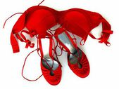 Fashionable female red shoes and red bra — Stock fotografie