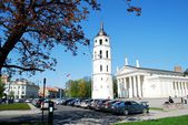 The Cathedral place in Vilnius city on April 26, 2014 — Foto de Stock