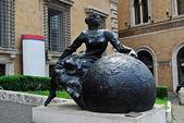 Art in the Rome city street near Trevi fountain — Stock Photo