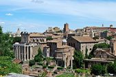 Ruins of the old and beautiful city Rome — Stock Photo