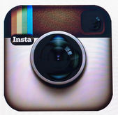 BRUSSELS- MARCH 03: Instagram Reaches 100 Million Users Mileston — Stock Photo