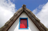 Thatched roof of a typical house of Madeira — Stockfoto