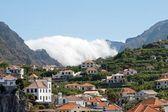 μαδέρα, χωριό στο βουνό, στη δυτική ακτή — Φωτογραφία Αρχείου