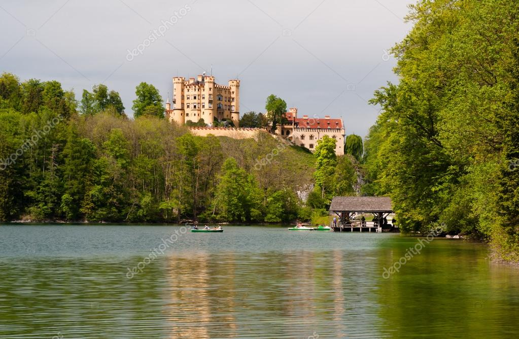 Hohenschwangau castle — Stock Photo #13435913