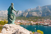 Statue of St. Peter in Makarska, Croatia — Stock Photo