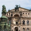 Semperoper and King John of Saxony statue — Stock Photo