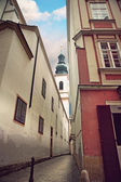 Narrow street in Vienna — Stock Photo