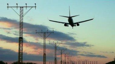Aircraft landing — Stock Video