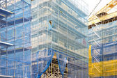 Baustelle mit gerüsten — Stockfoto