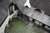 Pátio do castelo medieval em niedzica — Foto Stock