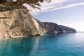 Beautiful beach in a greek island — Stock Photo