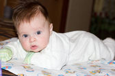 Surprised baby — Stock Photo