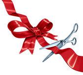 弓和丝带切割 — 图库照片