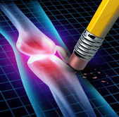Alivio del dolor de rodilla humana — Foto de Stock