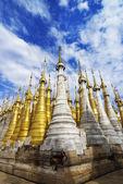 Shwe Inn Tain Pagoda — Stock Photo