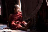 Novice at Shwe Yan Phe Monastery — Stock Photo