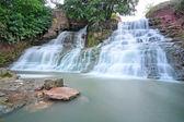 Dzhurinsky waterfall village Nyrkov in the Ukraine. — Stock Photo