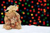 クリスマス プレゼント雪色ボケの背景に. — ストック写真
