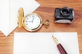 Voorbereiding van een brief te schrijven aan de havana cigar.close-up. — Stockfoto