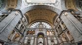 Stazione ferroviaria a anversa, belgio — Foto Stock