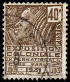 法国-大约 1930 年: 法国邮票显示 th 的女人 — 图库照片