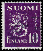 Stamp printed in Finland, shows Coat of arms — Foto de Stock
