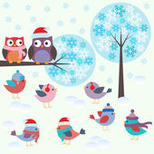 Birds and owls in winter forest — 图库矢量图片
