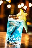 蓝色鸡尾酒 — 图库照片