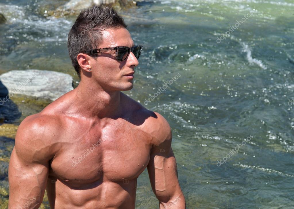Голые мускулы люди фотографий людей