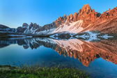 Lago dei Piani. Tre Cime, Italian Dolomites — Stock Photo