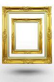 Oude antieke gouden frame in lege achtergrond op witte achtergrond — Stockfoto
