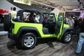 Green jeep — Stock Photo