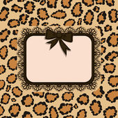 Card with Leopard fur texture — Stock Vector
