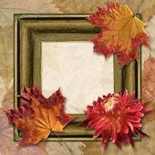 Frame with dahlia and autumn leaf — Stock Photo