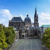 Aachen katedrali aachen, aix-la-chapelle aken imparatorluk imparatorluk katedral kilise gotik anıt pos — Stok fotoğraf