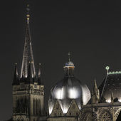Aachen Cathedral night Aachen Aix-la-chapelle imperial imperial cathedral church gothic monument — Stock Photo