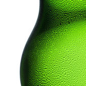 Beer bottle bottleneck condensation dripping green chilly dew beer froth brewery disco summer party — Foto Stock