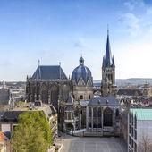 Aachen Aachener Dom Aix-la-Chapelle UNESCO-Welterbe Kaiserdom kaiser sehenswürdigkeit gotik kirche — Stock Photo
