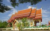 Tempio di seduta monaco buddista, thailandia — Foto Stock