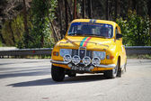 LEIRIA, PORTUGAL - FEBRUARY 2: Joao Abrantes drives a Saab 9.6 V Saloon during 2013 Amateur Winter Rally, in Leiria, Portugal on February 2, 2013. — Stock Photo